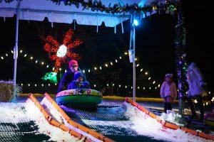 Guests enjoy snowless tubing